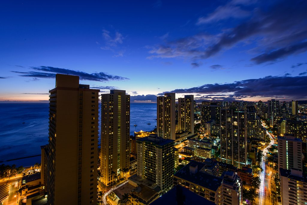 Night.HiltonWaikiki-1386-Edit small